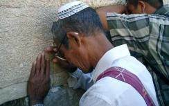 A member of the Bnei Menashe already in Israel praying at the Western Wall.