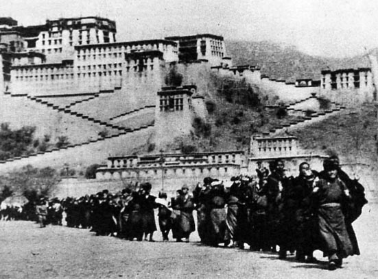 the chinese invasion of tibet And the new tibetnet site is very informative and available in tibetan, english, hindi and chinese to find a tibet support group near you to join and help tibet's.