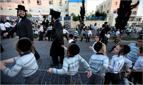 The daily scene in Beitar Illit (picture courtesy New York Times).