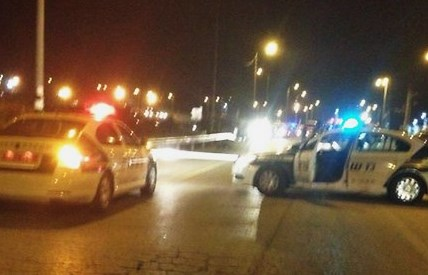 Police cars blocking the Tapuach Junction last night (picture: United Hatzalah Shomron).