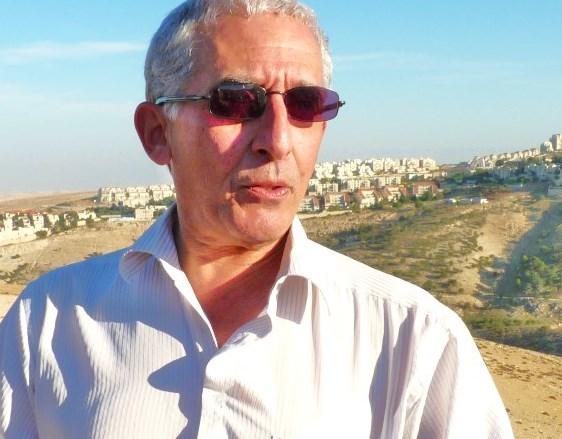 Daniel Seidemann of Ir Amin out in Judea and Samaria bashing Israel (picture: pri.org).