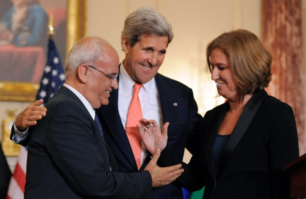"The unctuously suave Erekat with the unctuous goddess Livni--with the unctuously idiotic Kerry. Birds of a feather  ""negotiate together (picture: The Guardian."