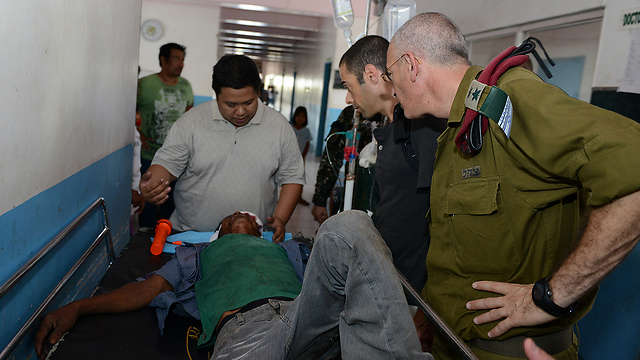 IDF medical personnel are already at work in Philippine hospitals in advance of setting up an Israeli field hospital (photo: IDF Spokesman's Office).
