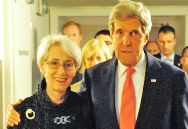 Wendy Sherman being hugged by her boss John Kerry (picture: ploughshares.org).