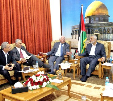 Just after the Fatah-Hamas signing in Gaza today.