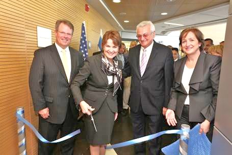 Marilyn Hewson cuts the tape in the new Lockheed Martin office in Beersheva (picture: Israelnationalnews).