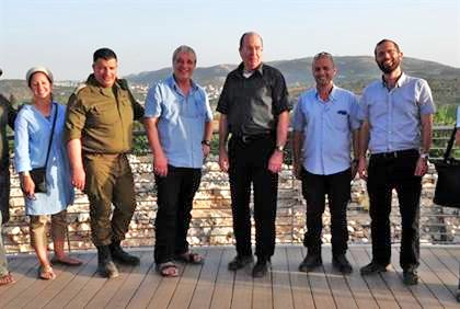 Moshe Ya'alon (tall man in center) with Jewish community leaders in the Binyamin area yesterday.