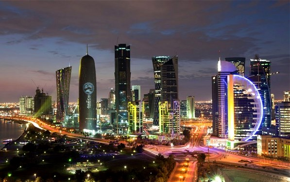 The Doha skyline at night (picture: ds-lands.com/)
