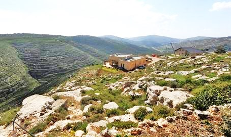 The Adei Ad Jewish community high in the Samarian hills--home to about 20 families (picture: Arutz Sheva).