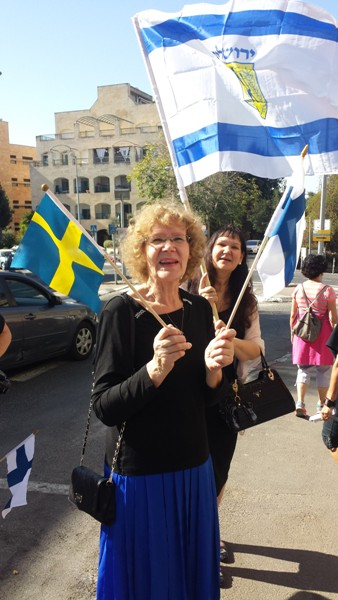 Two of the group: a Swedish woman in the foreground a Finnish lady behind her.