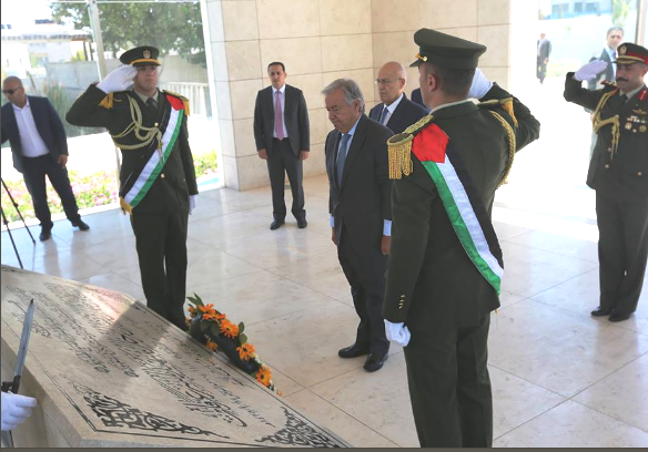 Who knows how many Jews Arafat murdered? Guterres standing at attention after laying a wreath at the arch-terrorist's grave in Ramallah yesterday.