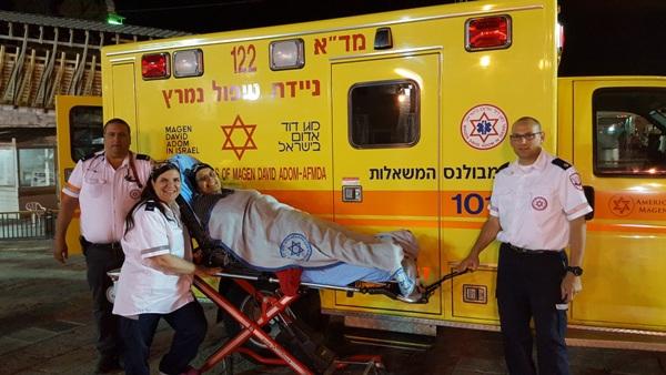 Magen David Adom (MADA) paramedics delivering a pregnant woman to the hospital (picture: MADA)