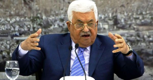 Mahmoud Abbas (aka Abu Mazen): PLO Chairman and Dictator for Life gesticulating wildly a few weeks ago following Trump's Jerusalem Declaration (picture: Haaretz).