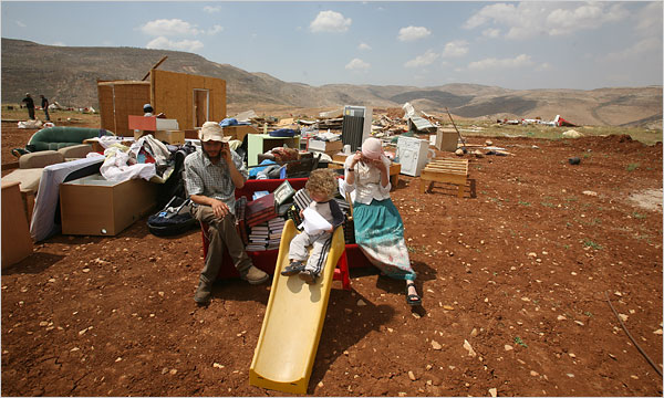 Giv'at Maoz Esther: a tiny community destroyed yet again. This picture is from a previous destruction.